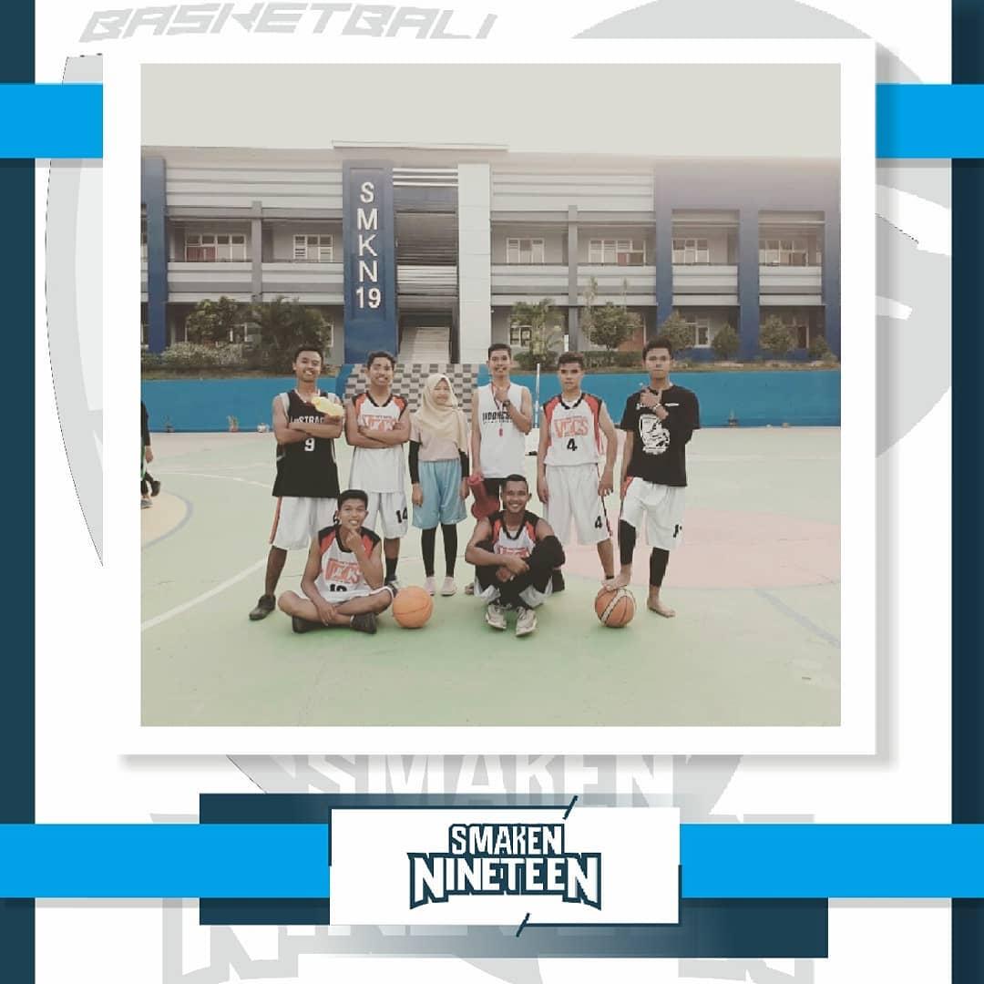 Team Basket SMAKEN NINETEEN