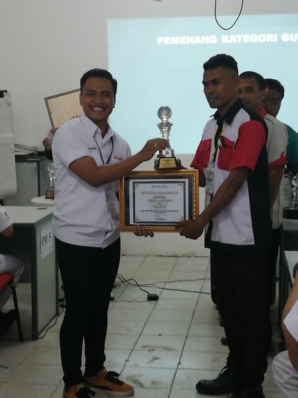 Pak Yulius mendapat juara 2